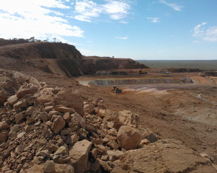 Geotechnical consulting for studies, mine development and operations